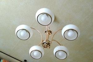 Как подключить люстру: если у прибора 2, 3 и более провода, схема подсоединения к двухклавишному выключателю