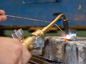 Сварка инвертором для начинающих: как научиться делать правильный сварной шов, сварочное оборудование